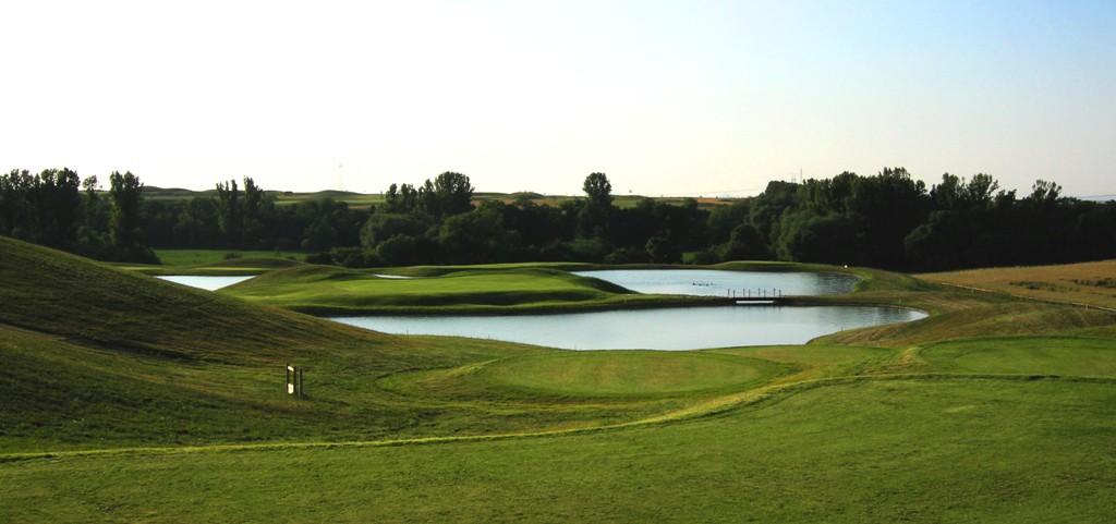 golf club berovice