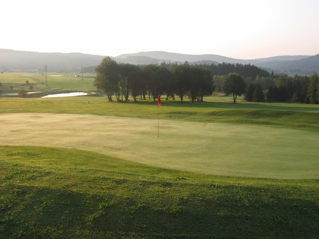 lipno-golf-club green